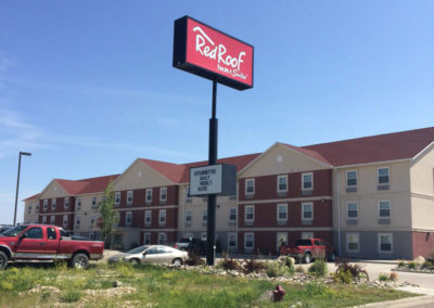 Red Roof Inn & Suites || Dickinson, ND